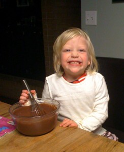lakyn helps make dessert